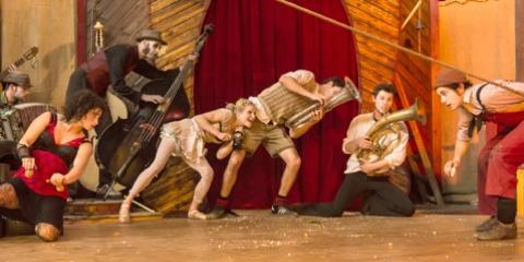Le Cirque du Platzak (Internationales Ensemble)